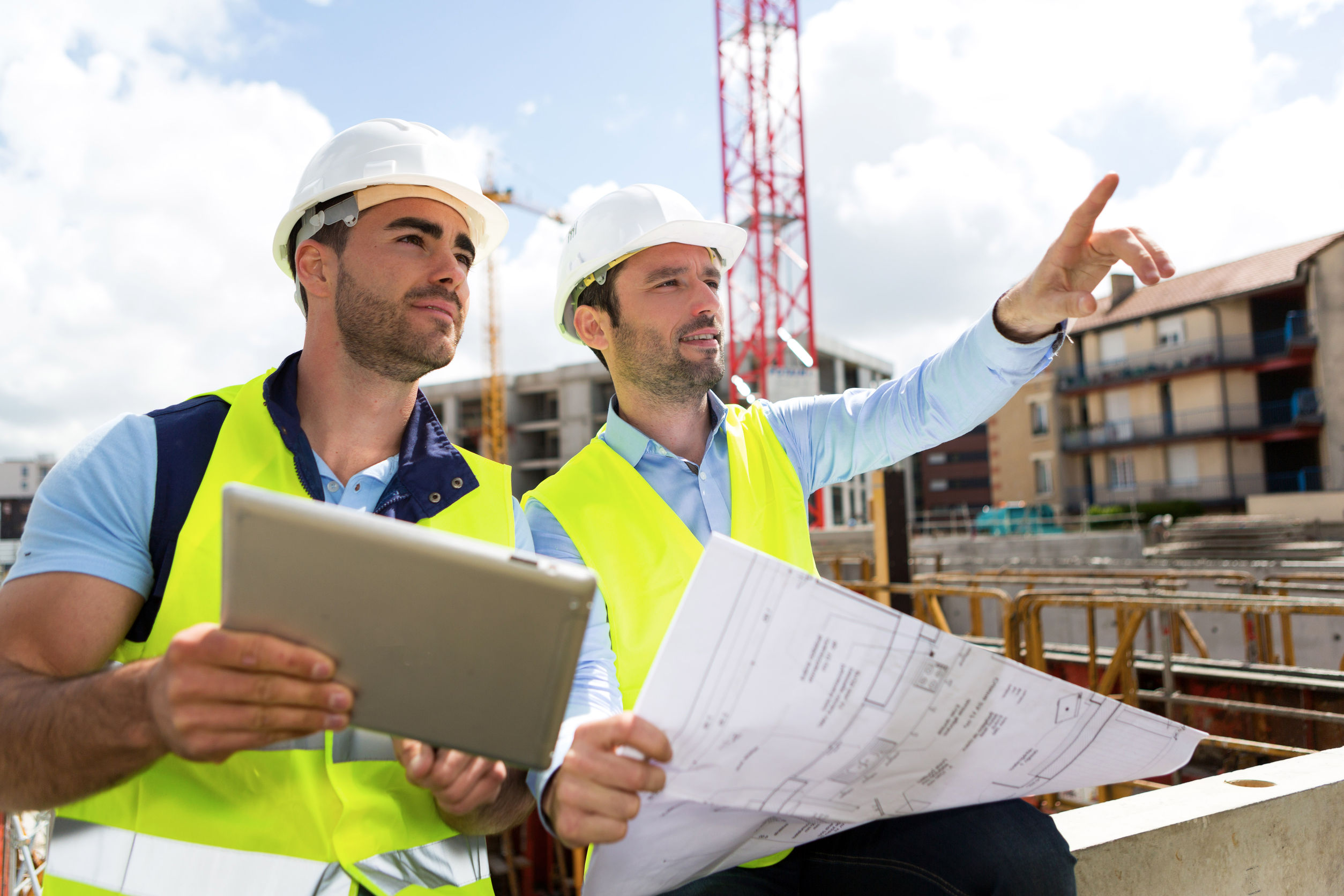 Construction Employment Inches Higher in April