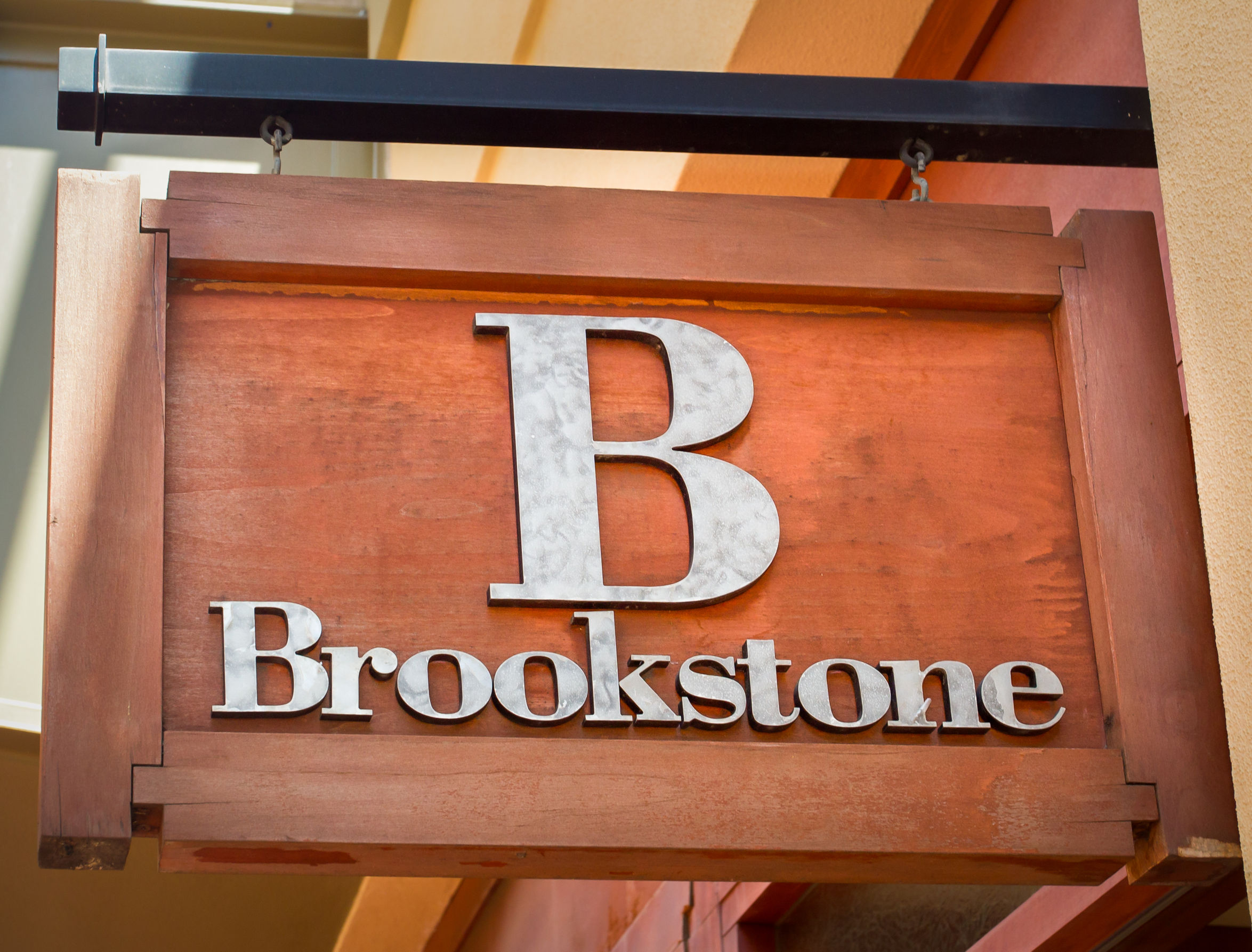 Brookstone Files Bankruptcy, Seeks Buyers