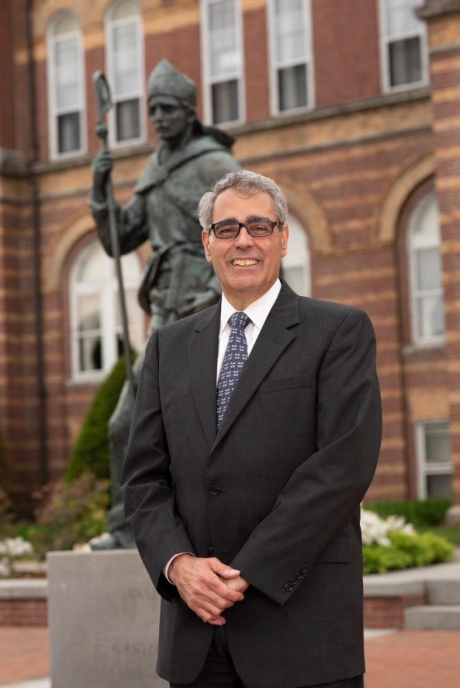 Dr favazza